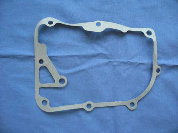 Right Crankcase Cover Gasket 4-stroke 50cc Engine-300