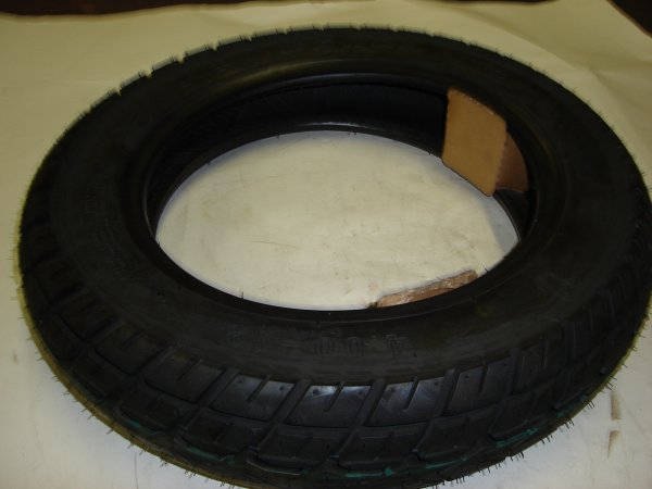 100/60-12 Scooter Tire-562