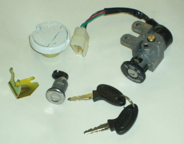 Scooter Ignition Set, with Locking Gas Cap GMI 104-179
